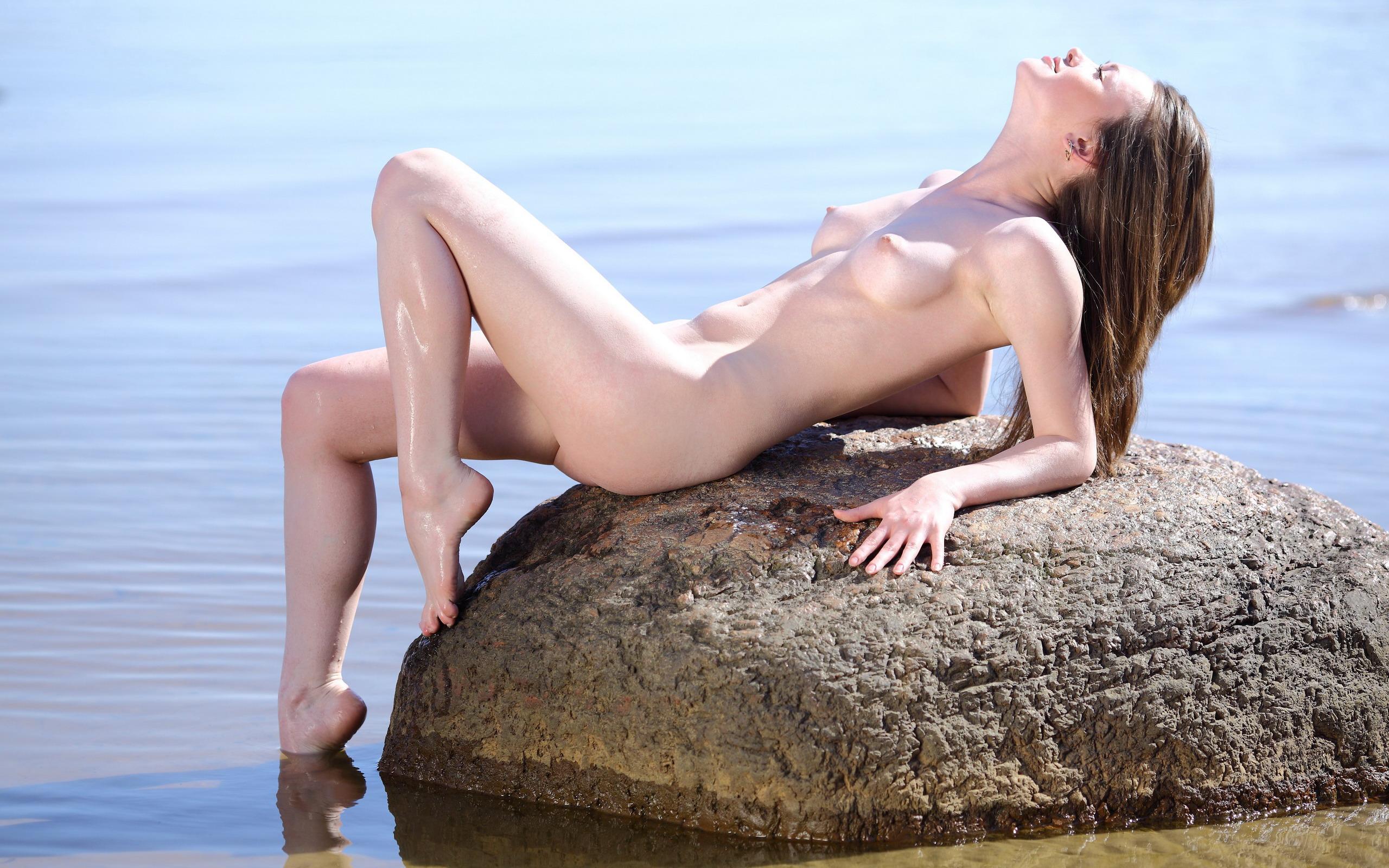 Русская дама на море 8 фотография